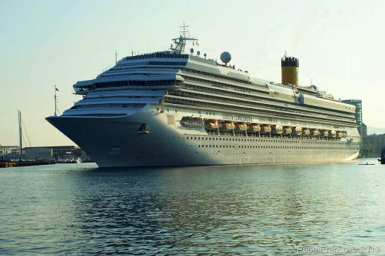 Costa-Concordia-Savona-17-ottobre-2011-2.jpg