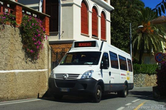 Bergeggi-9-agosto-2011-TPL-Bus-158.jpg