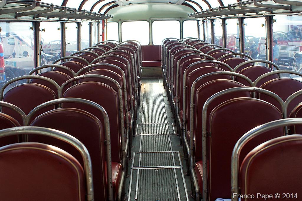 Autobus Fiat 306 Interno Visto Dall Anteriore Senale Bz