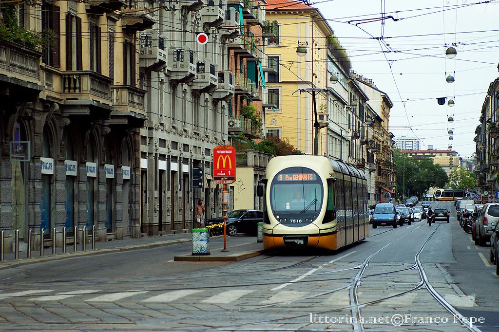 ATM Milano tram 7516 via Vigevano – Milano – 23 agosto 2010 ...