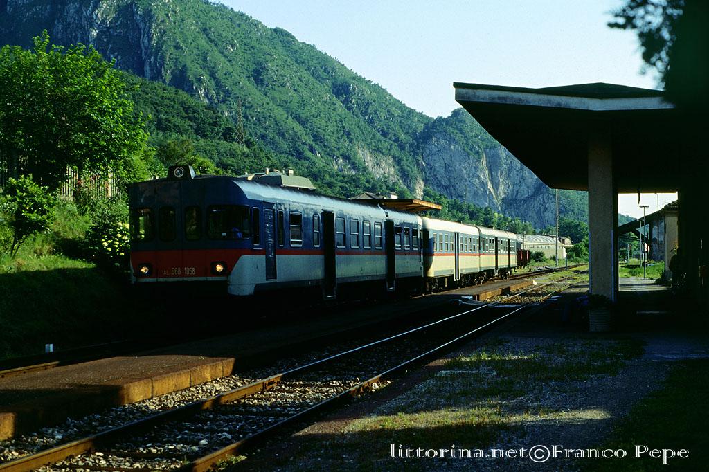 Foto di treni tram e tanto altro ancora - Treni vigevano milano porta genova ...